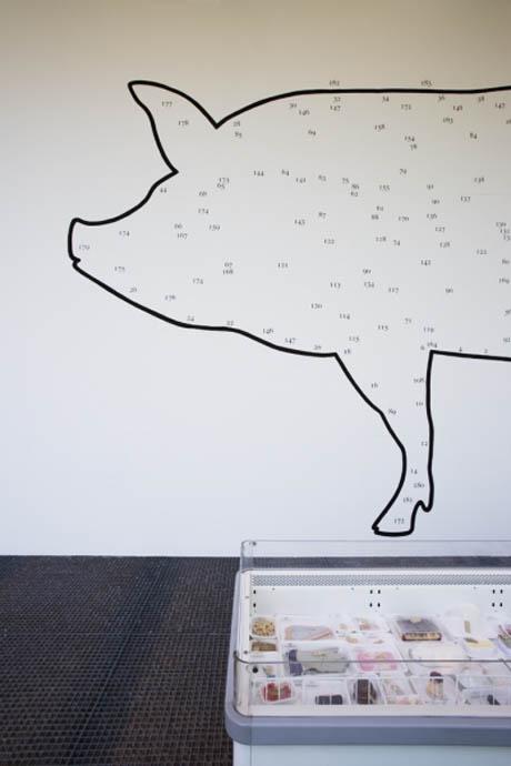 Pig exhibition