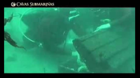 cavas submarinas dive video