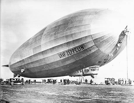 Graf-Zeppelin 460