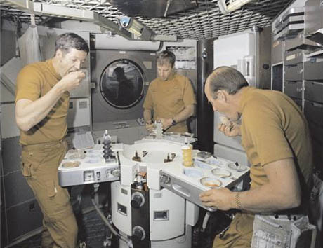 Tasting food in Skylab 460