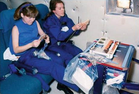 Testing food packaging in the Vomit Comet 460
