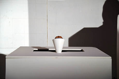 10 Lickestra podium with ice cream and shadow 460