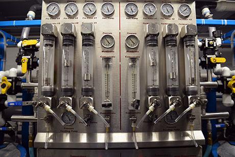 28 Reverse osmosis machine 460